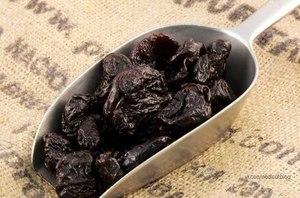 Тара для хранения чернослива и способы её использования