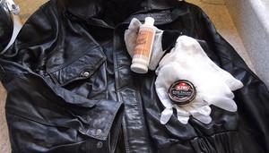 Обновляем кожаную куртку при помощи народных средств.
