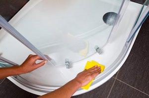 Как и чем в домашних условиях можно чистить акриловую ванну